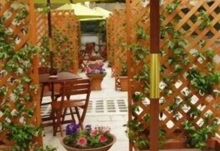 Le Tare, Roma, Terrasse/veranda