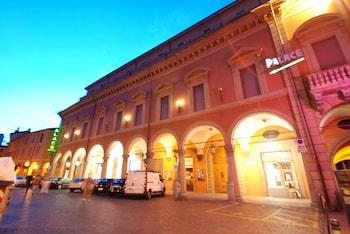 Bologna bölgesindeki Hotel Palace resmi