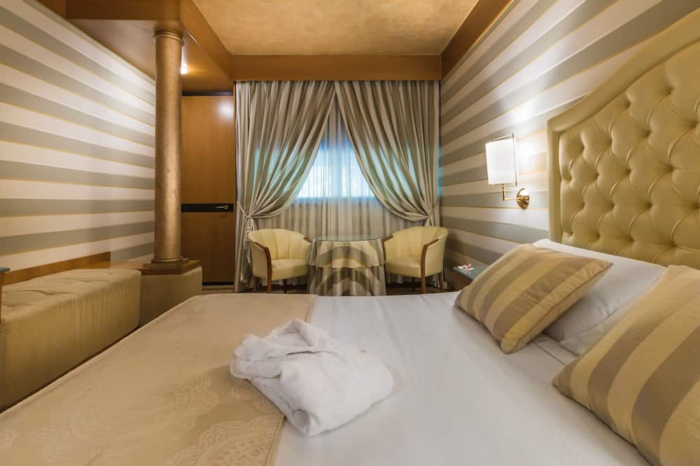 Deluxe kahetuba, asub esimesel korrusel - Tuba