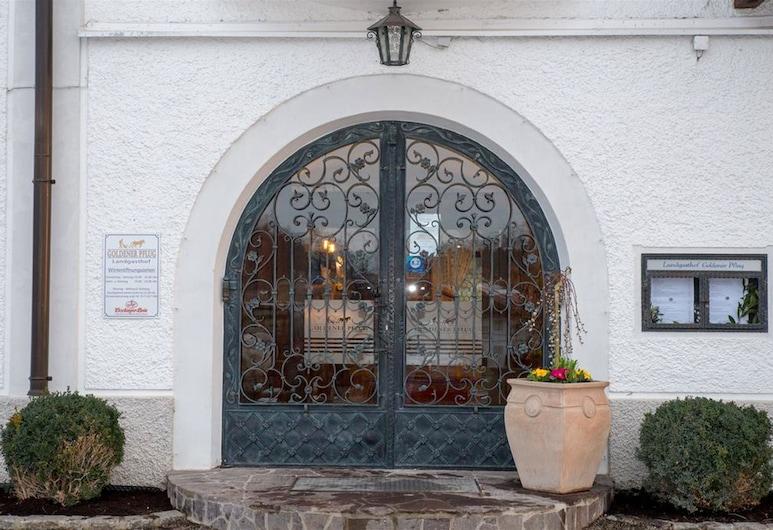Landgasthof Goldener Pflug, Frasdorf, Entrén inifrån