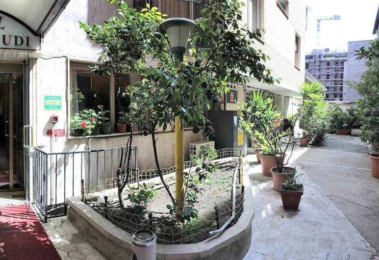 Hotel Città Studi, Milan, Bagian luar