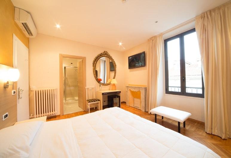 Hotel Globo Suite, Sanremo, Comfort Double Room, Guest Room