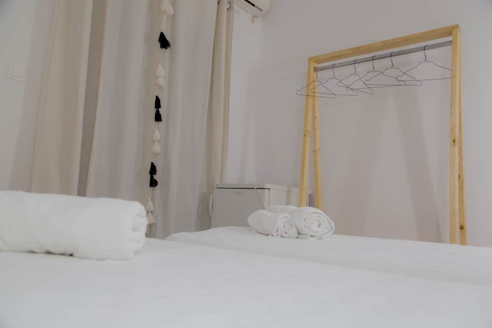 Standard Double Room, 1 Double or 2 Twin Beds - Guest Room