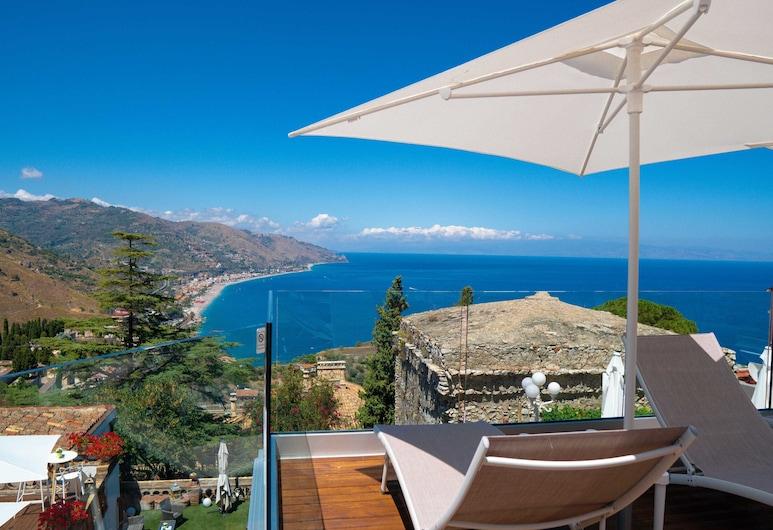 โรงแรมวิลล่าฟิออริตา, Taormina