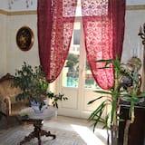 Khu phòng khách tại tiền sảnh