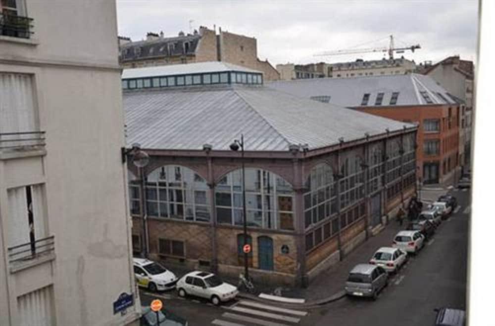 Book h tel richard in paris for 4 rue richard lenoir 75011 paris france
