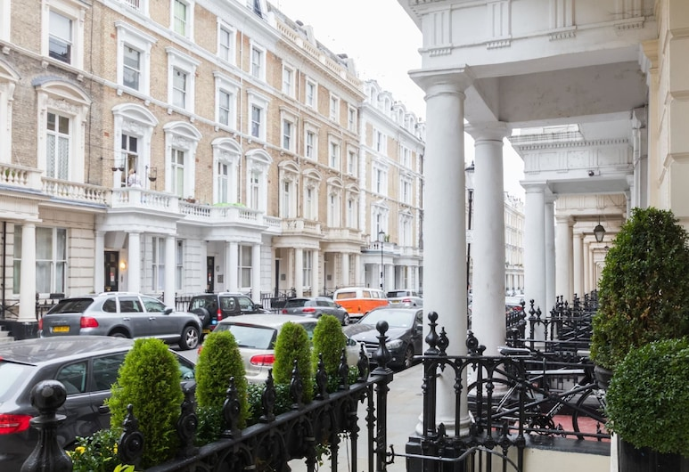 Notting Hill Gate Hotel, Londen, Voorkant hotel