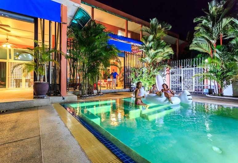 Eriksson Guesthouse, Patong, Private Pool 4 Bedroom Villa, Guest Room