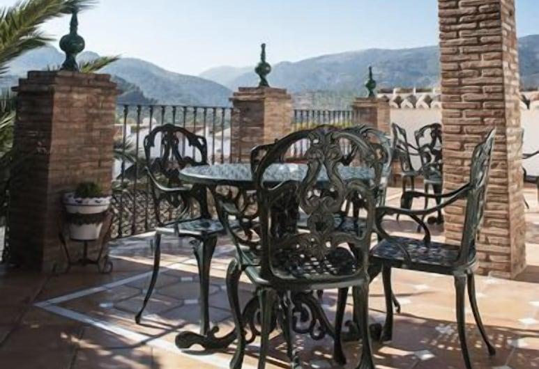 Hotel La Casa Grande de El Burgo, El Burgo, Teras/Veranda
