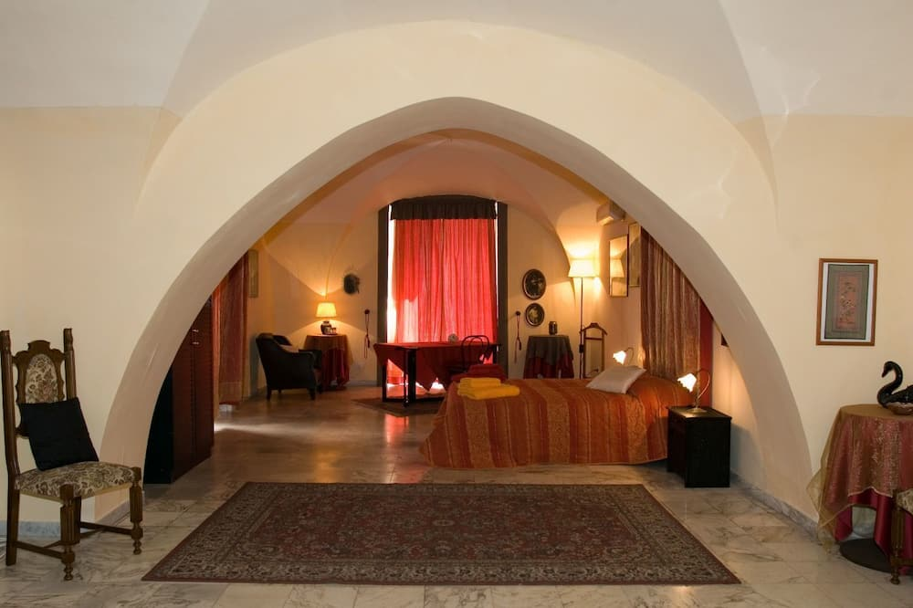 Double Room - Guest Room