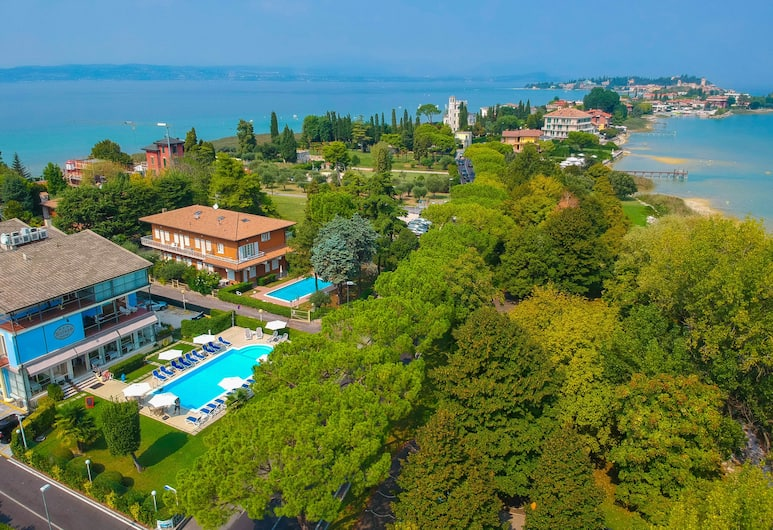 Hotel Suisse, Sirmione, Hotellets front