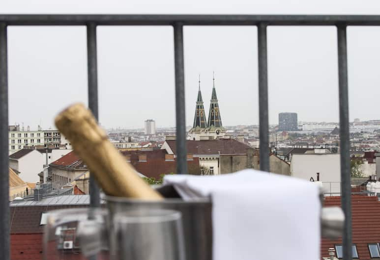 Stanys Das Apartmenthotel, Vienna, View from Hotel