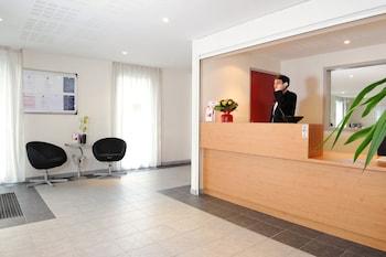 Introduce las fechas para ver los descuentos de hoteles en Rennes