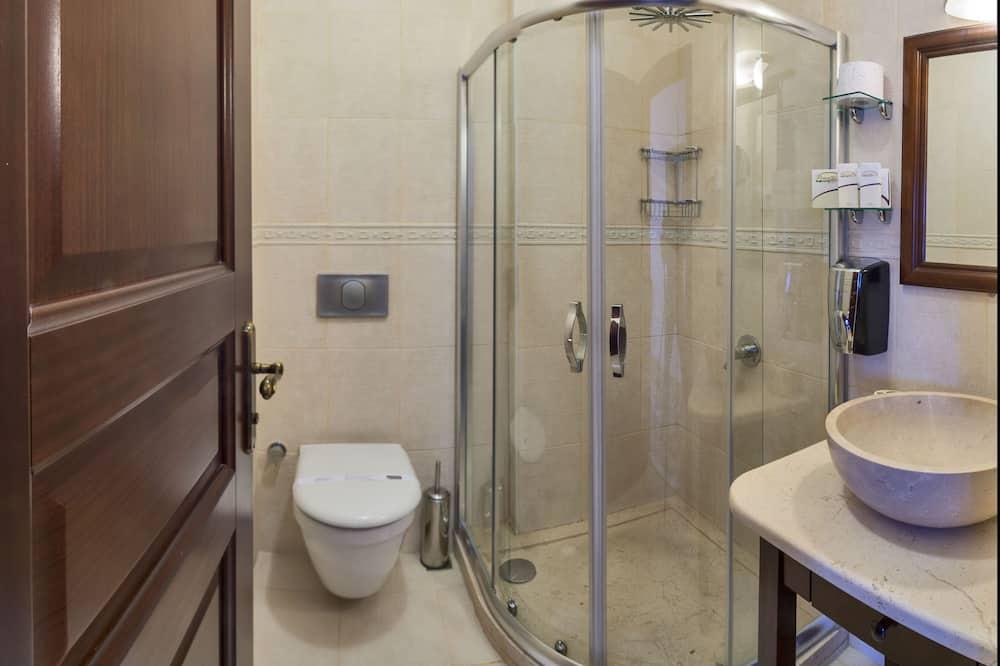 ダブルルーム 1 階 - バスルーム
