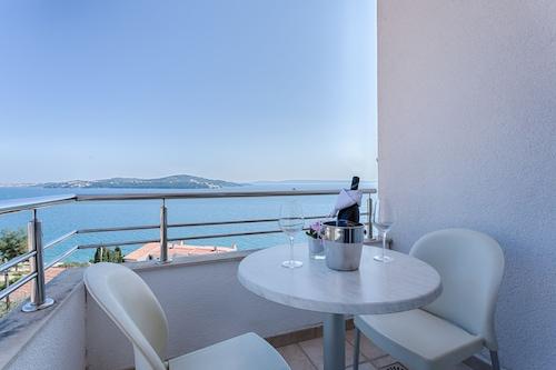 維克托里加酒店/