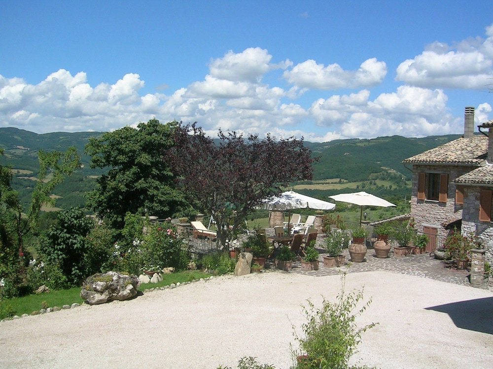 La Terrazza del Subasio, Assisi: Info, Photos, Reviews | Book at ...