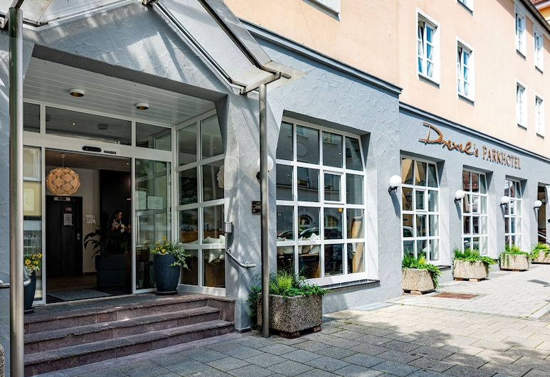 Drexel's Parkhotel, Memmingen, Parte delantera del hotel