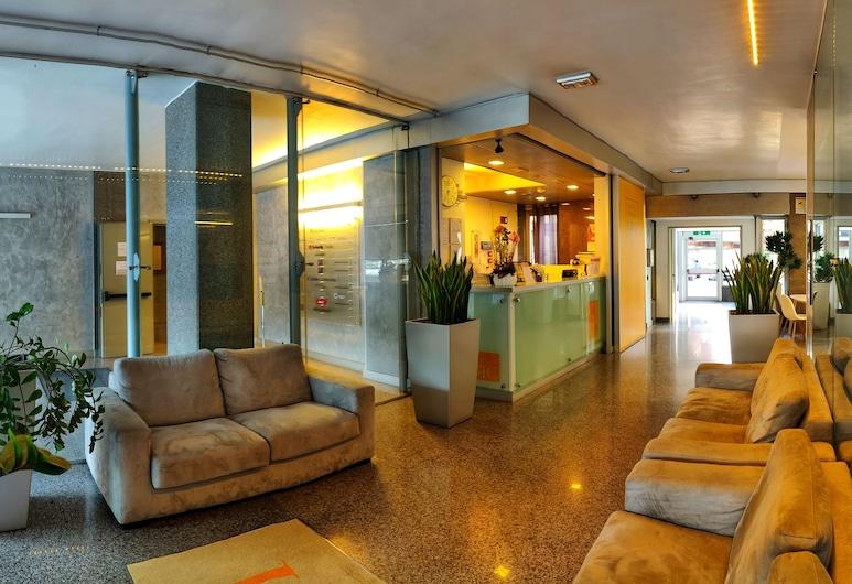 可倫坡 112 飯店, 羅馬
