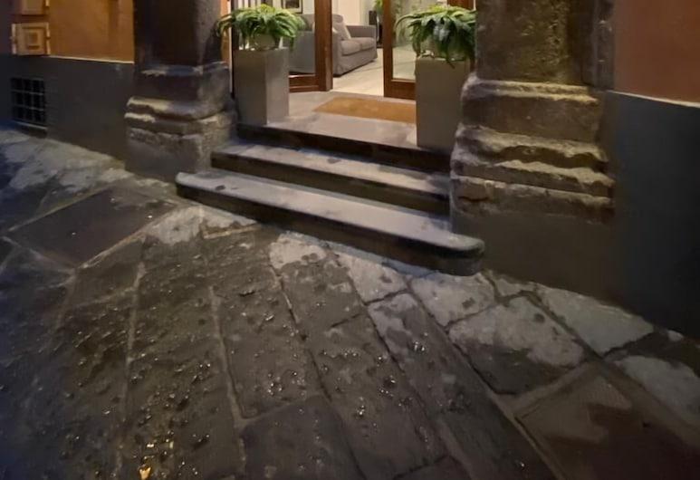 ホテル リボリ, ソレント, ホテルのフロント