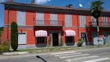 Reserve this hotel in Asti, Italy