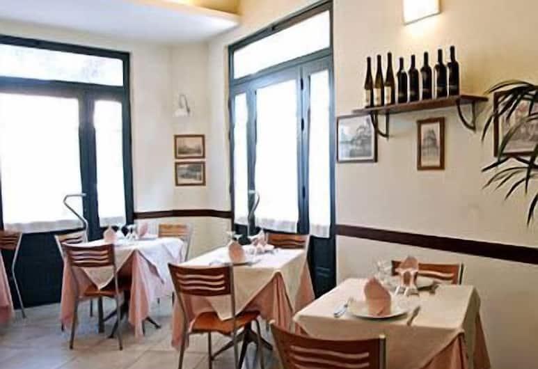 Hotel Torre Matilde, Viareggio, Restauration