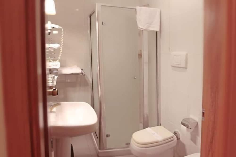 Room, Connecting Rooms - Bilik mandi