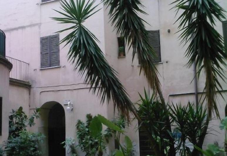 Prince Inn, Rom