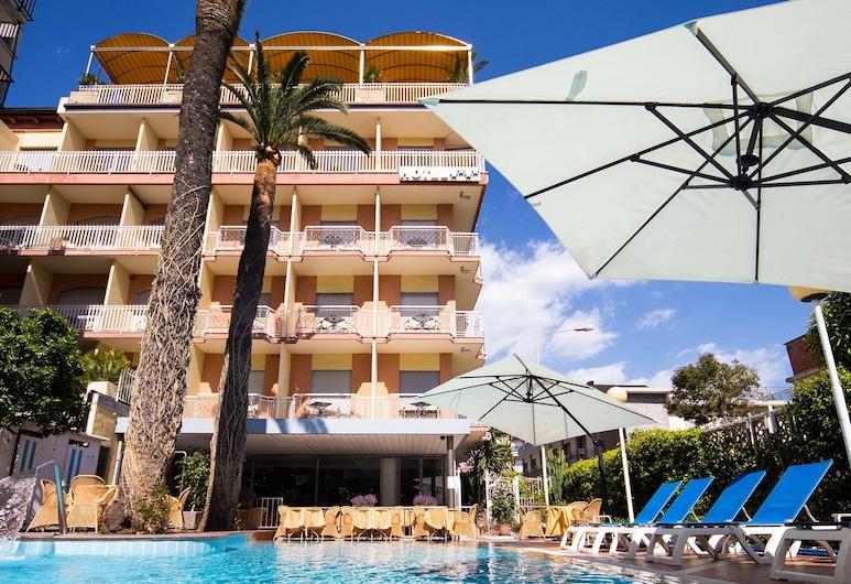 Hotel Torino Wellness & Spa, Diano Marina, Útilaug