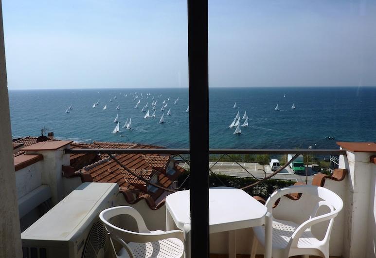 Hotel Ariston Montecarlo, San Remo, Economy - neljän hengen huone, Parveke