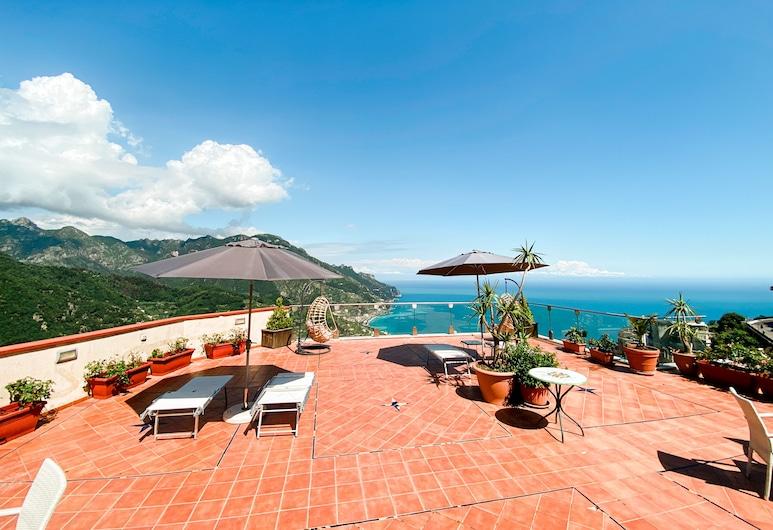 博娜蒂斯酒店, 拉斐洛, 日光浴甲板