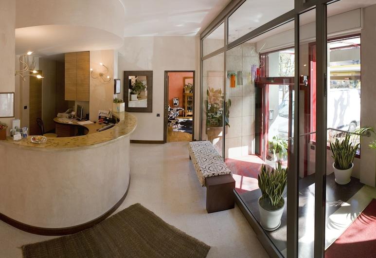 Park Hotel Meublé, Como, Lobby