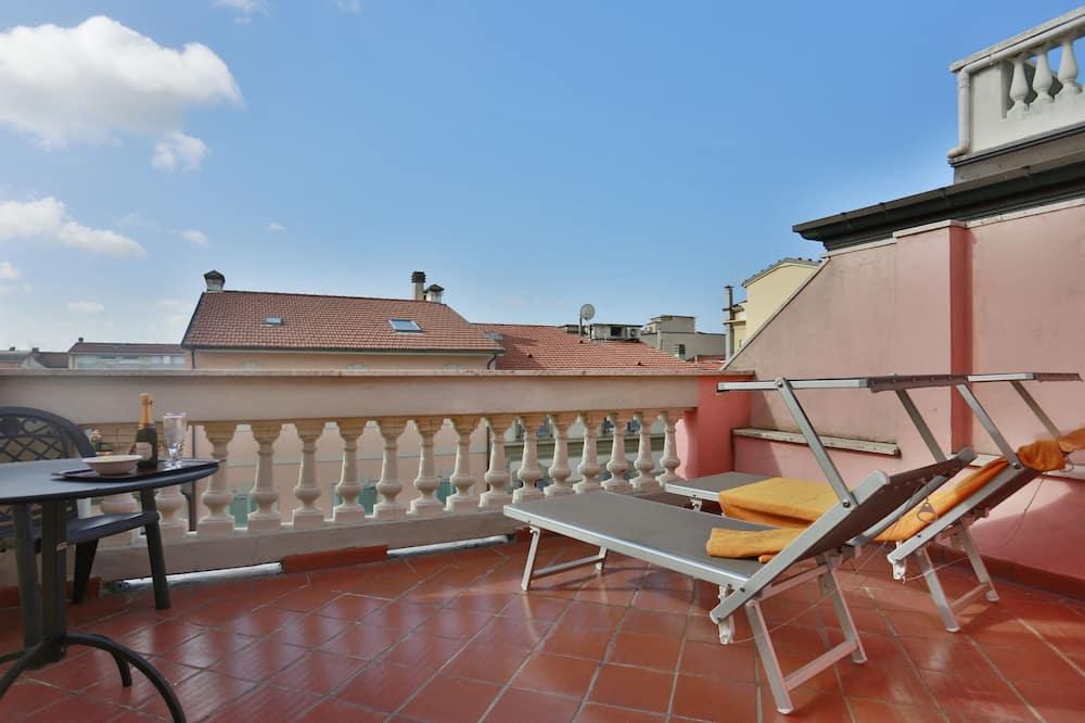 Dvivietis kambarys, balkonas - Balkonas