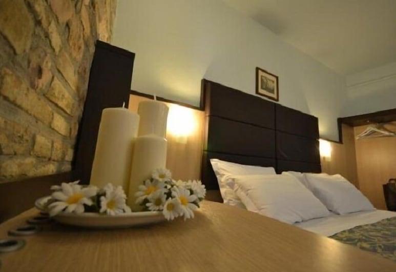 Hotel il Castello, Assisi, Doppel- oder Zweibettzimmer, Zimmer