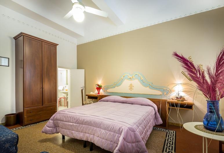 Hotel Ferretti, Florencia, Trojlôžková izba, súkromná kúpeľňa, Hosťovská izba