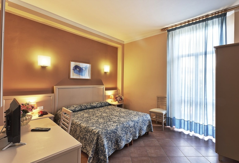 Eden, Florence, Double or Twin Room, Private Bathroom, Guest Room