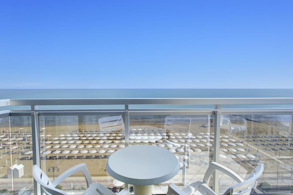 Suite, Sea View (Lettino da spiaggia incluso) - Balcony View