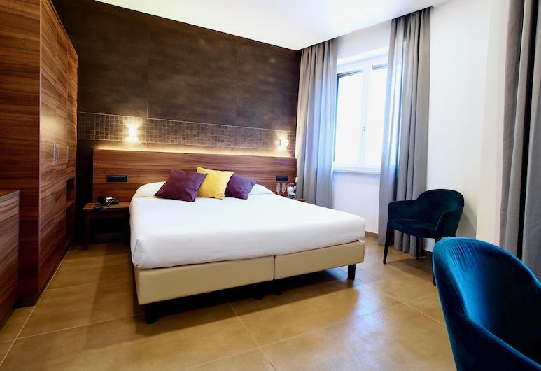 Kolping Hotel Casa Domitilla, Rome, Superior Double Room, Guest Room