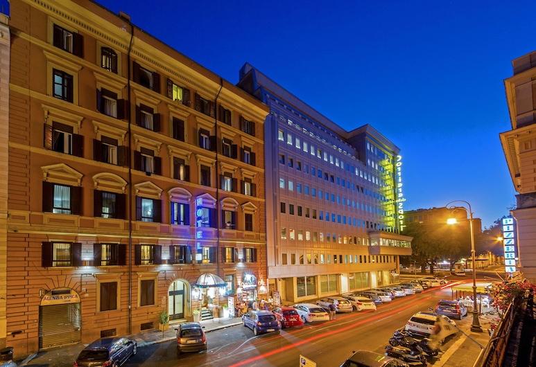 Dei Mille, Rome, Hotel Front