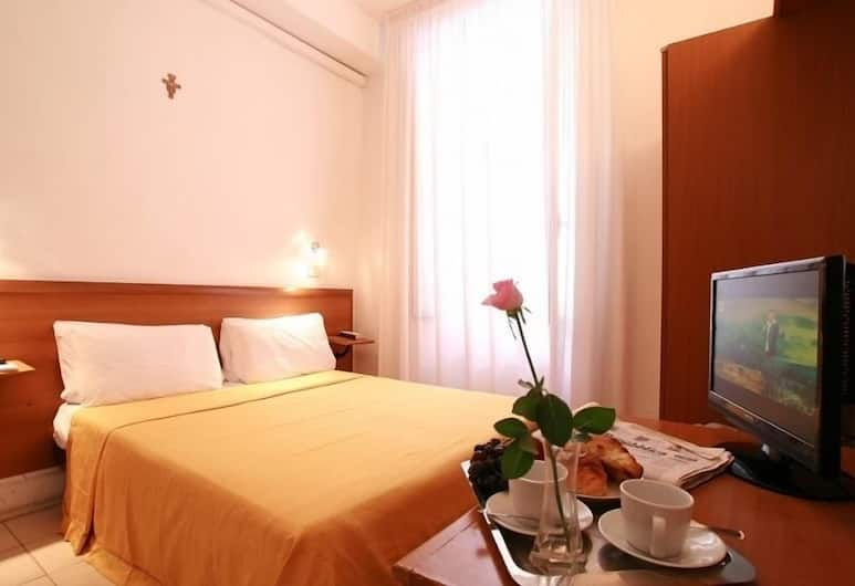 Hotel Lussemburgo, Rome, Double or Twin Room, Living Area