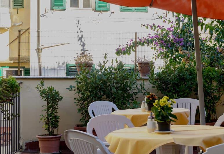 Hotel Monica, Florencia, Terraza o patio