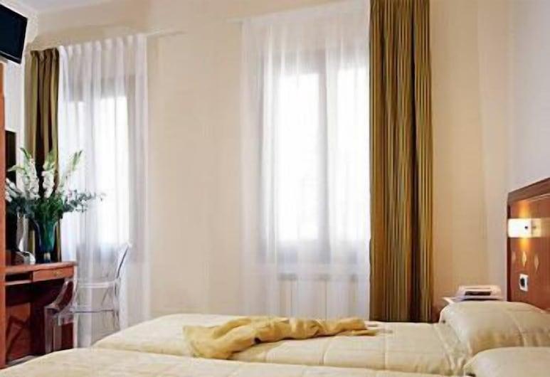 Hotel Adriatico, Venise, Chambre Triple, Chambre
