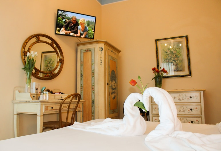 Hotel Amleto Pompei, Pompei, Standard Double Room, 1 King Bed, Balcony, Guest Room