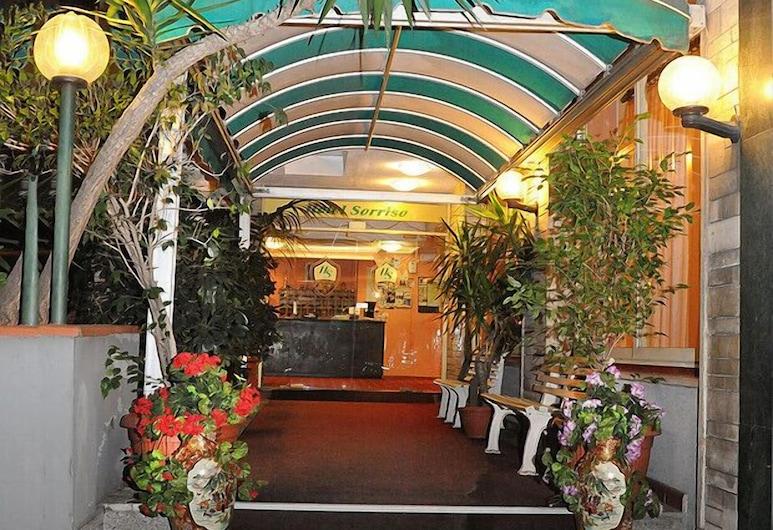 Hotel Sorriso, Sanremo, Hotellinngang