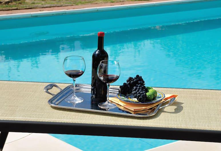 羅莎迪博斯克拉托達別墅酒店, 格雷薇, 室外泳池