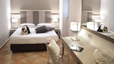 Choose This Business Hotel in Gaeta -  - Online Room Reservations