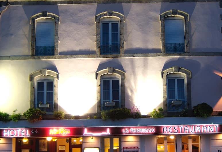Citotel Du Port Rhu, Douarnenez, Bagian Depan Hotel - Sore/Malam