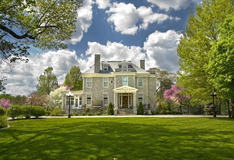 Hawthorn Bed and Breakfast, Independence
