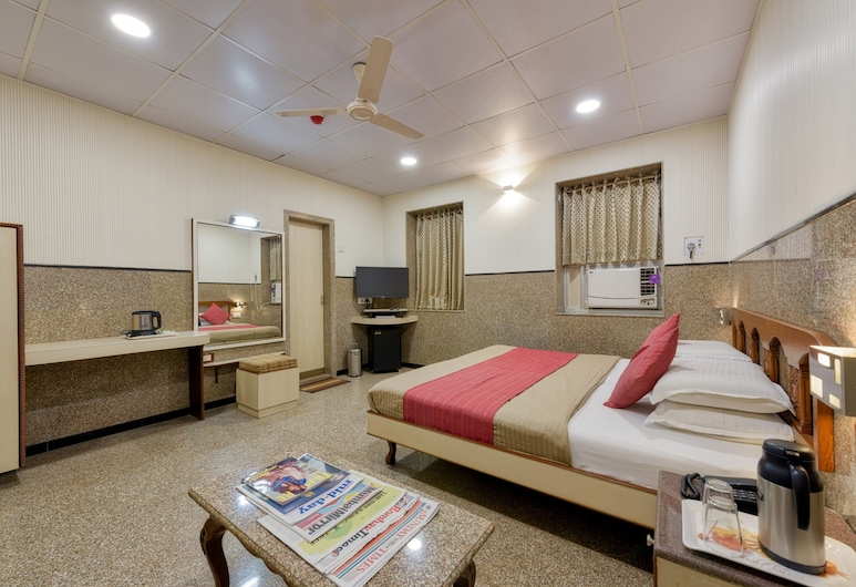 Hotel Royal Castle, Mumbai, Super deluxe room, Guest Room