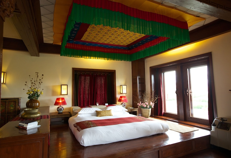 Songtsam Retreat at Shangri-La - MGallery Collection, Deqin, Superior-Suite, 1 King-Bett, Zimmer