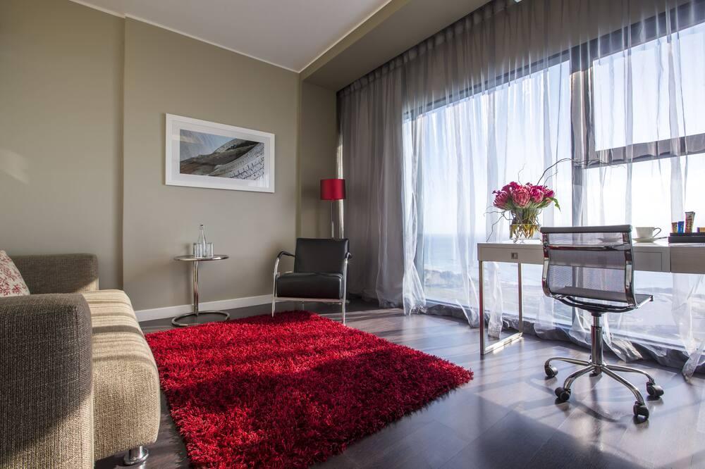 Premium Room, Ocean View - Living Area